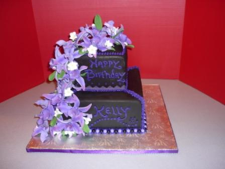 birthday cakes, baby shower, anniversary cakes, fondant cakes Central MA