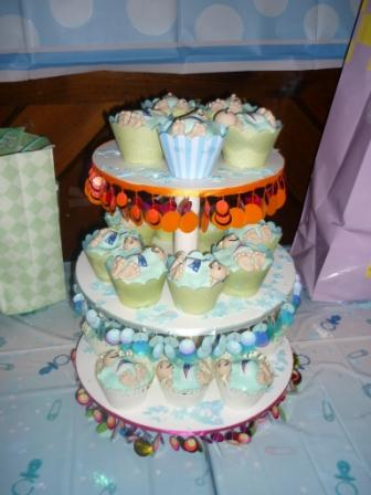 birthday cakes, wedding cakes, anniversary cakes, decorated cakes Worcester Oxford MA